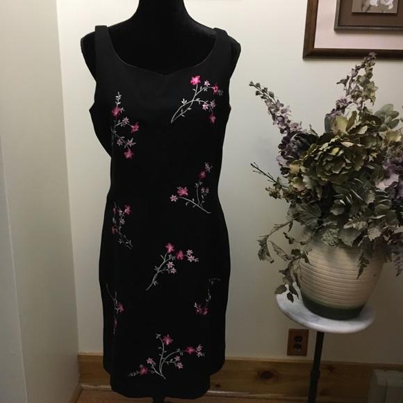 Sarah Spencer Dresses & Skirts - Sarah Spenser Dress